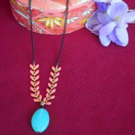 Collier Fishiz perle en verre