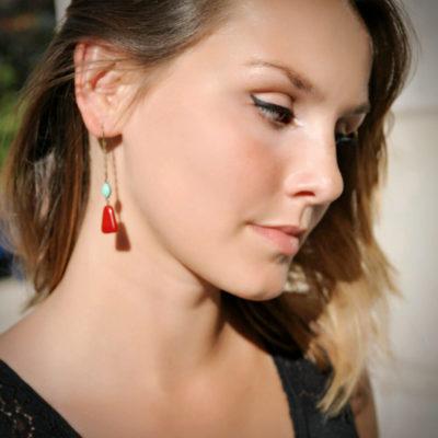 boucle doreille pendante createur vintage rouge elegantes laiton ploom bijoux