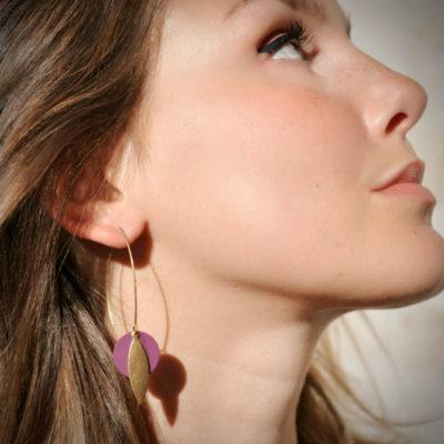 boucle d'oreille createur ethnique graphique longue laiton doré Ploom bijoux
