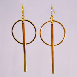 ploombijoux boucles d'oreilles originales longues dorées contemporaines graphiques Simplicity