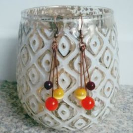 Boucles d'oreilles colorées pendantes légères design minimaliste 3 boules femmes ploom bijoux créateur francais anti-allergie